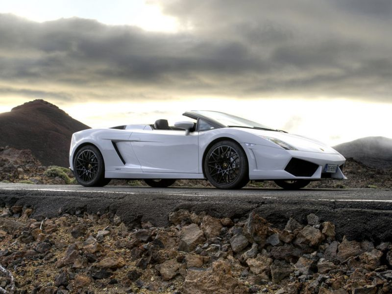 Gallardo Lp560 Spyder White Side View Wallpaper 800x600