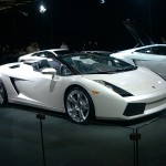 Gallardo White Carshow Wallpaper