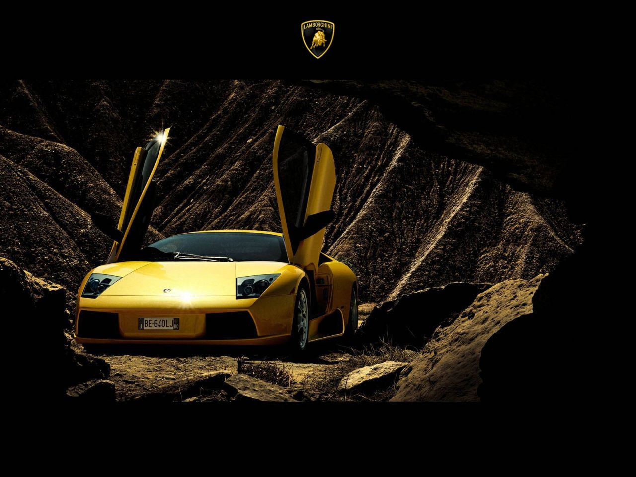 Murcielago Yellow Front View From Cave Wallpaper 1280x960