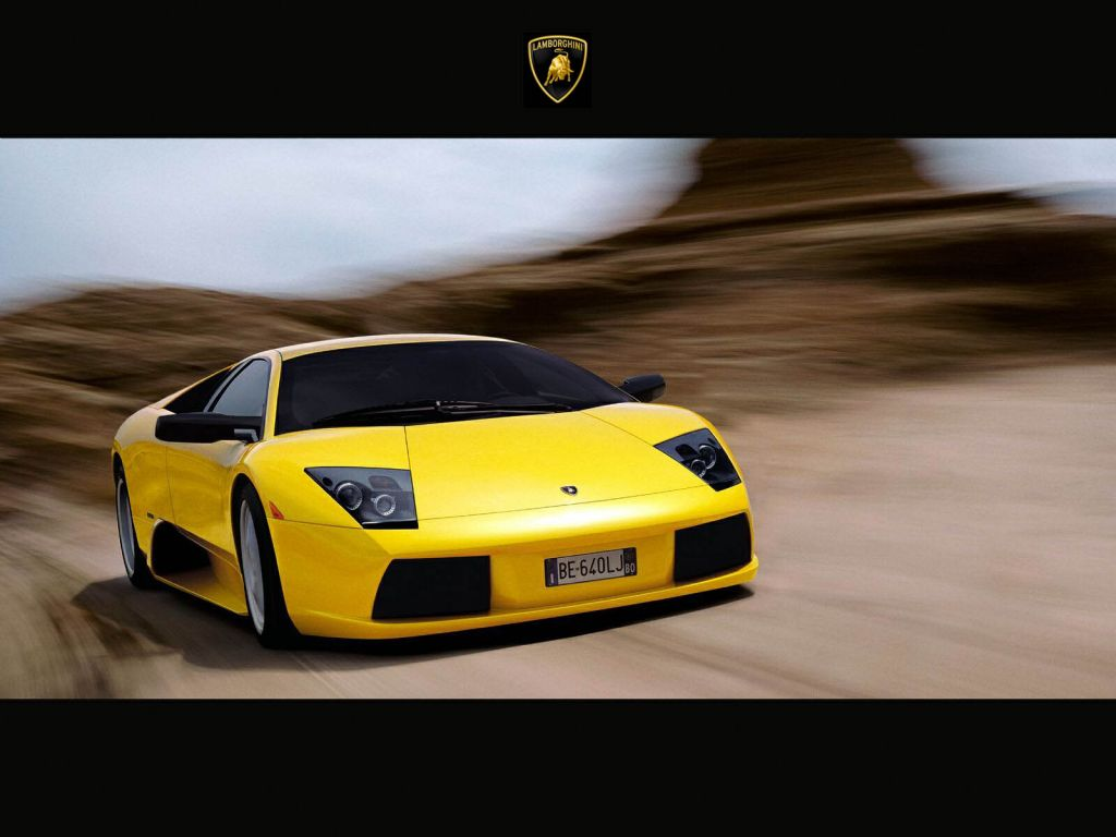 Murcielago Yellow Front View Moving Wallpaper 1024x768