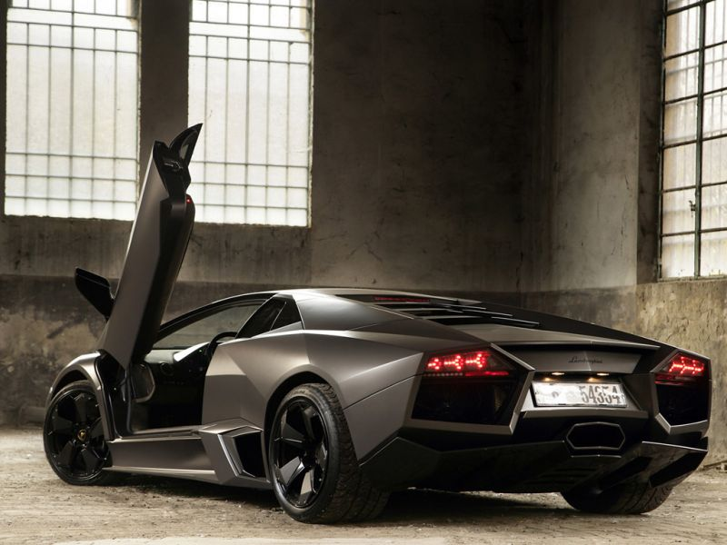 Reventon Rear View Door Open Wallpaper 800x600