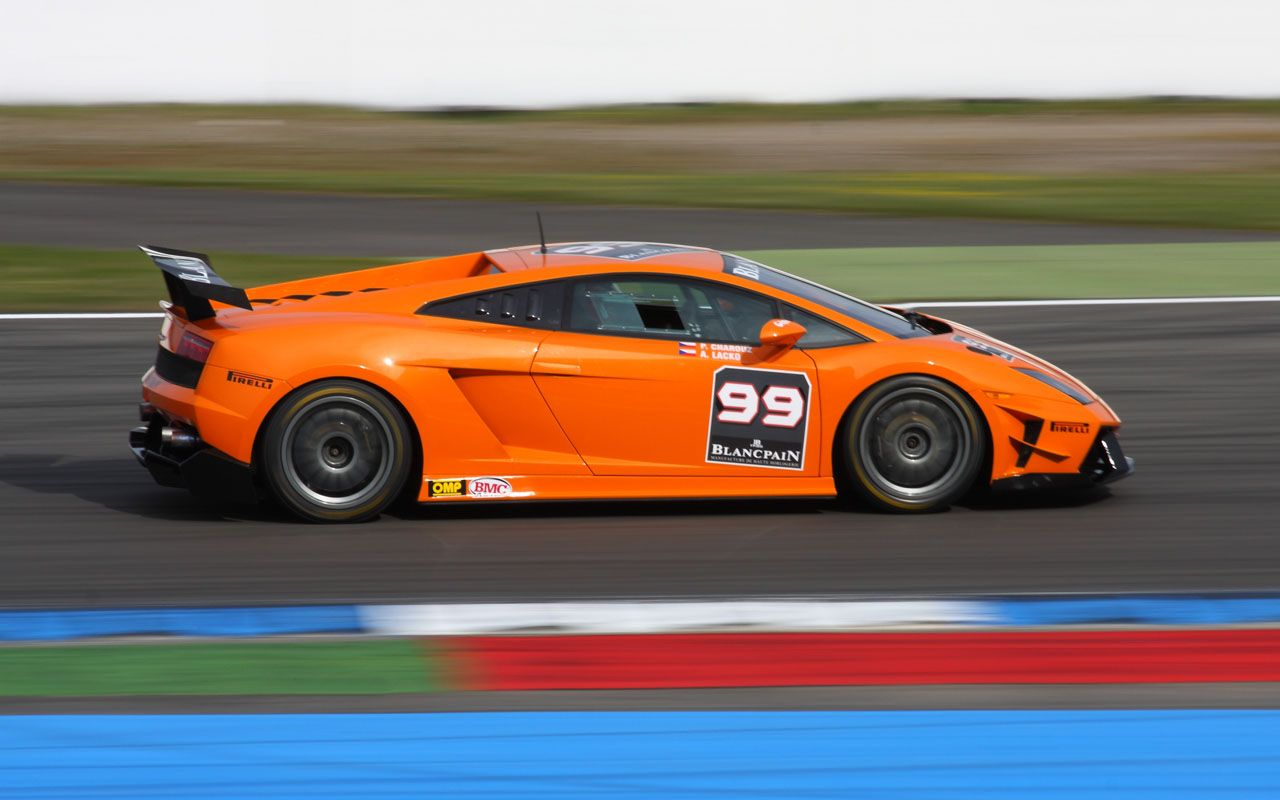 Super Trofeo Orange Side View Wallpaper 1280x800